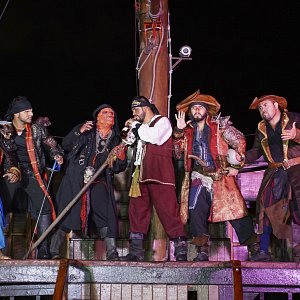 pirate-show-marigalante-puerto-vallarta-pirates-of-the-bay37