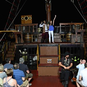 pirates-of-the-bay-night-tour-vallarta